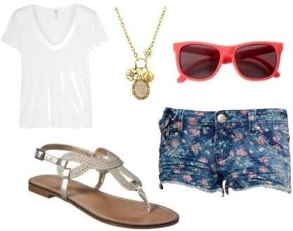 How to wear metallic sandals with a basic tee shirt and floral shorts