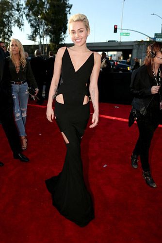 Miley Cyrus in Alexandre Vauthier at the 2015 Grammys