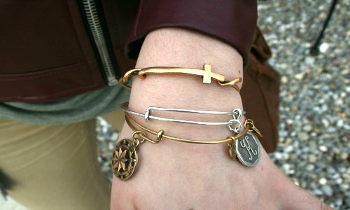 Mixed metal bangles college street style