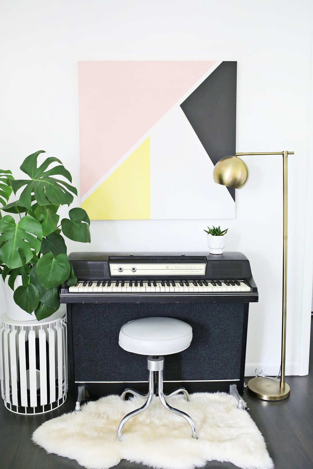 Summer DIY Roundup: 4 Apartment Decor Projects You Can Do Today