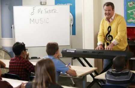 Modern family cam music teacher