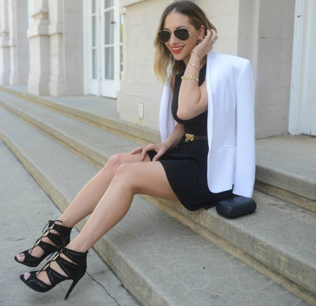 minimalist outfit inspiration