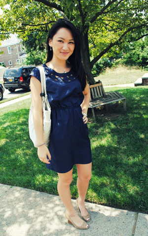 College fashionista Sophia from NYU