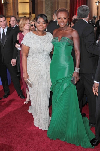 Octavia Spencer (with costar Viola Davis, right) in Tadashi Shoji at the 2012 Academy Awards