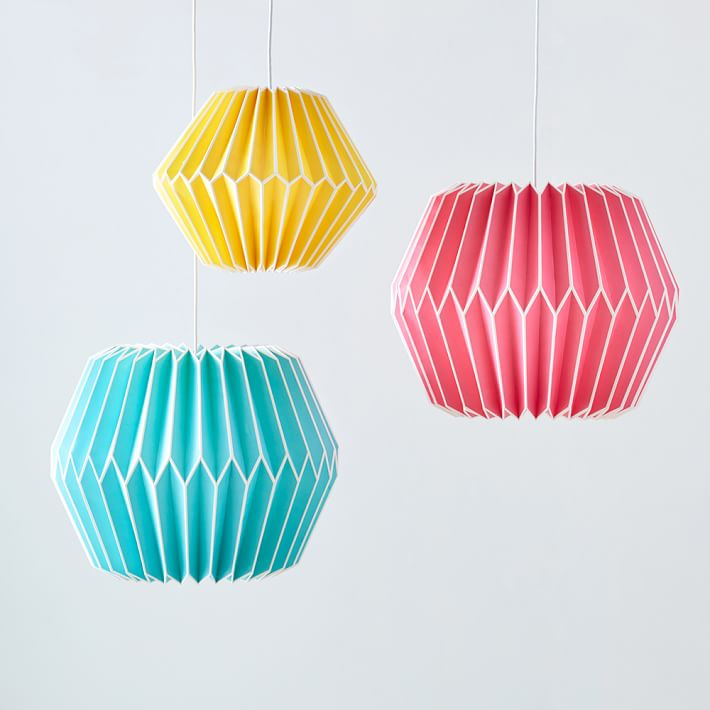 Paper lanterns in pink, yellow and blue from PbTeen