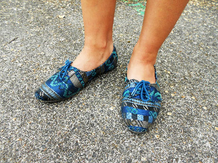 Patterned oxfords trend