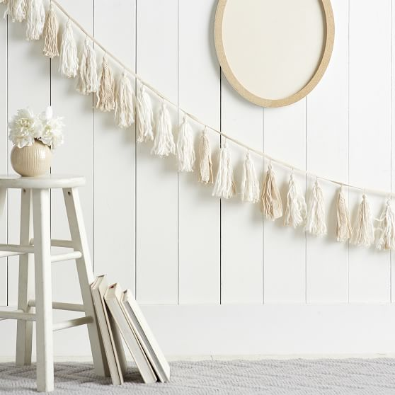 PB Teen white and cream lace garland.
