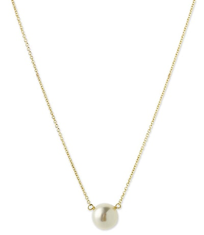 Dainty pearl pendant necklace by Dogeared