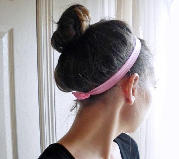 Super simple DIY pink elastic headband