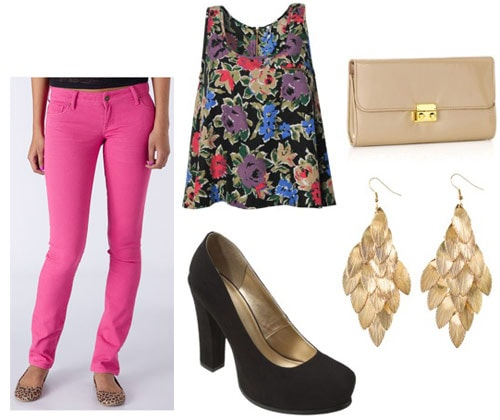 How to wear hot pink skinny jeans with a floral top, basic black pumps, earrings, and a clutch
