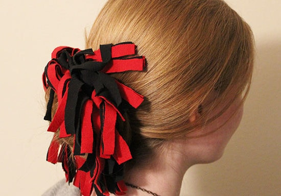 DIY Pom-Pom Hair Tie for Game Day