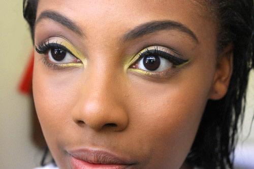 Pop of color eye look