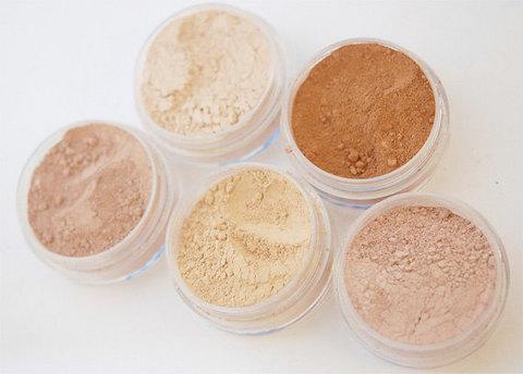 Powdered makeup
