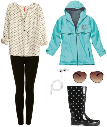 Practical clothes and accessories to bring to college