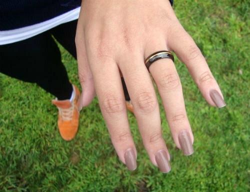 Pretty neutral nail polish