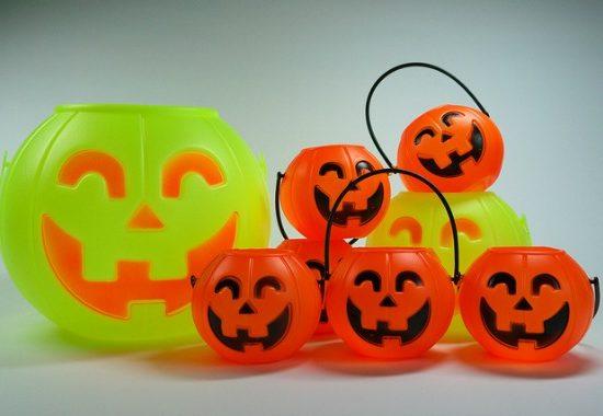 Pumpkin trick-or-treat pails