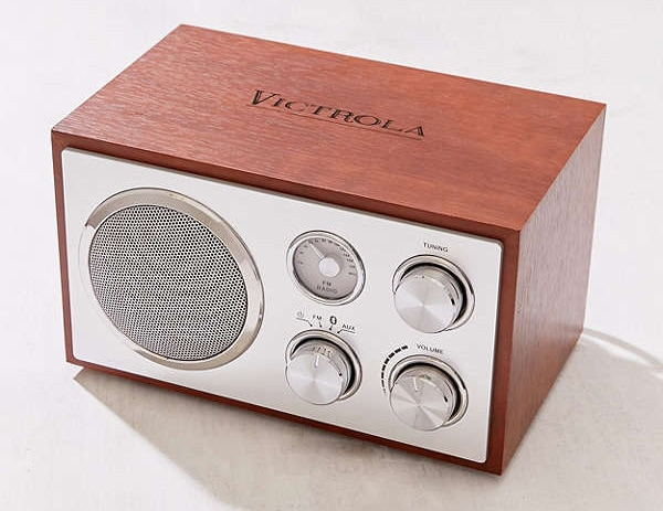 Best gifts for friends: Retro bluetooth speaker