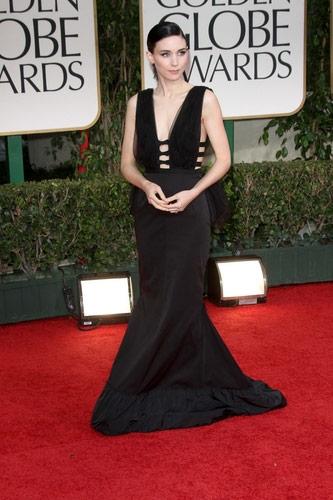 Rooney Mara in Nina Ricci at the 2012 Golden Globe Awards