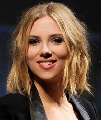 Scarlett Johansson's new haircut - an asymmetrical bob