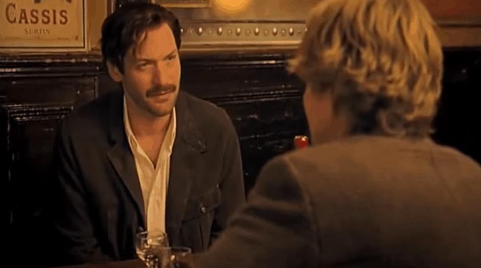 Midnight in Paris - Gil Meets Hemingway