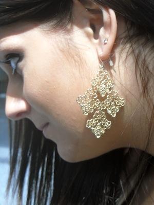 Fashion at Syracuse University - gold earrings
