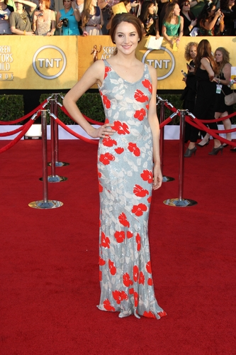 Shailene Woodley in L'Wren Scott at the 2012 Screen Actor's Guild Awards