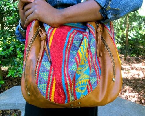 College street style trend - cross-body bag