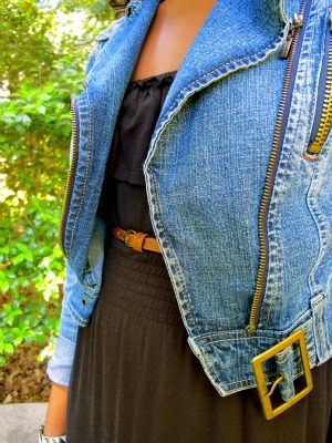 Union College fashionista Sia rocking the jean jacket trend