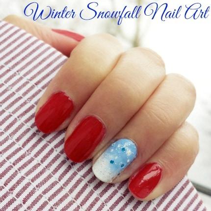 Snowfall nail art