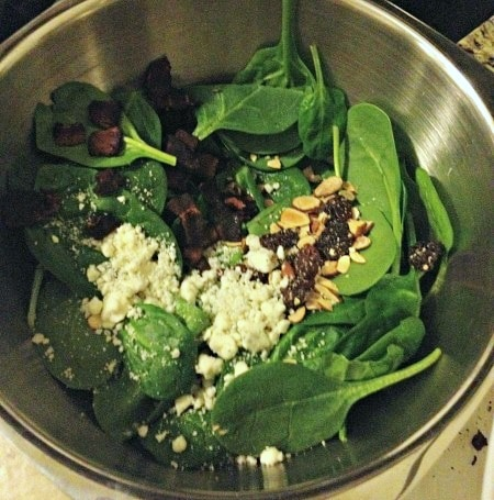Spinach salad with dried cherries and bleu cheese