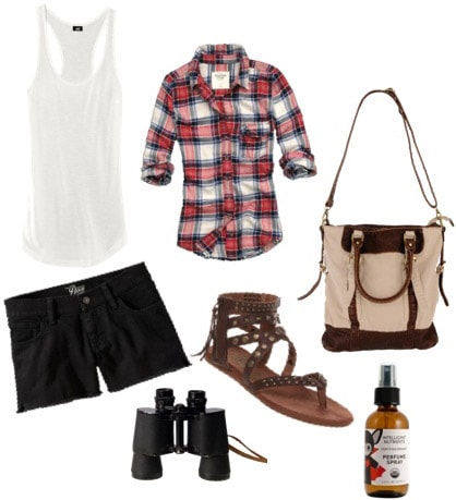 Stargazing Outfit: Black shorts, basic tank, flannel shirt, sandals