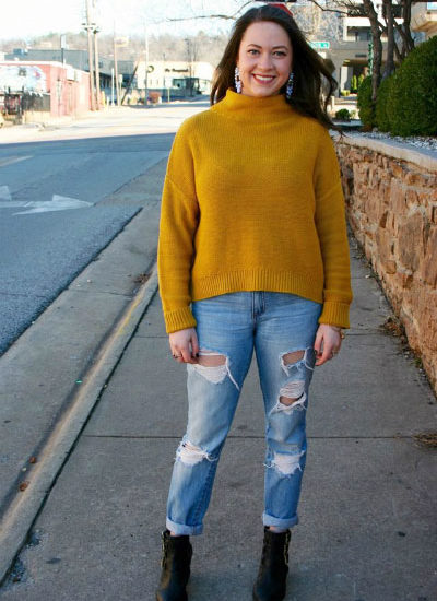 Fashion at the University of Arkansas - mustard sweater, boyfriend jeans, ankle booties