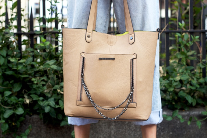 Tan tote bag with pocket and chain strap