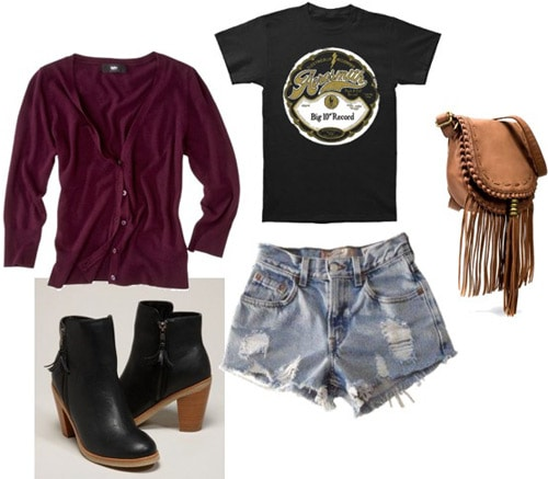 How to wear a burgundy cardigan sweater with denim shorts and a tee shirt