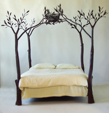 Tree-shaped bed