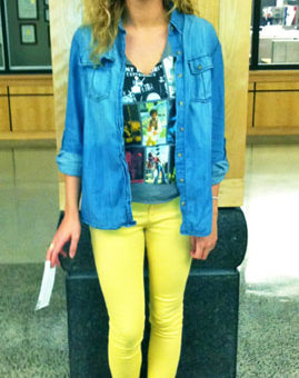 Style at the University of Iowa - Neon yellow jeans, denim shirt, graphic tee, sandals