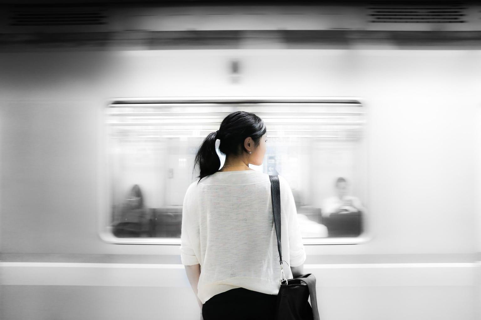unsplash-train-cover-image