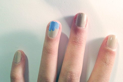 Wave inspired nails method 1 step 2
