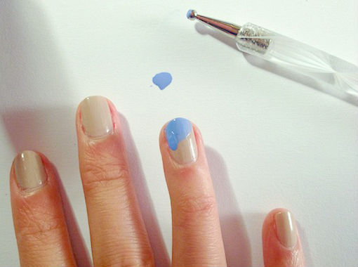 Wave inspired nails method2 step 2