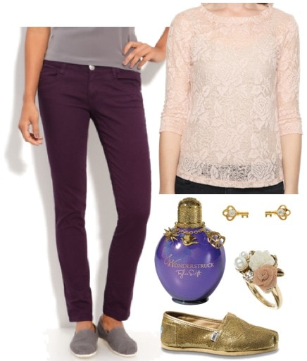 Outfit inspired by Taylor Swift's Wonderstruck - lace blouse, colorful skinny jeans, gold glitter TOMs