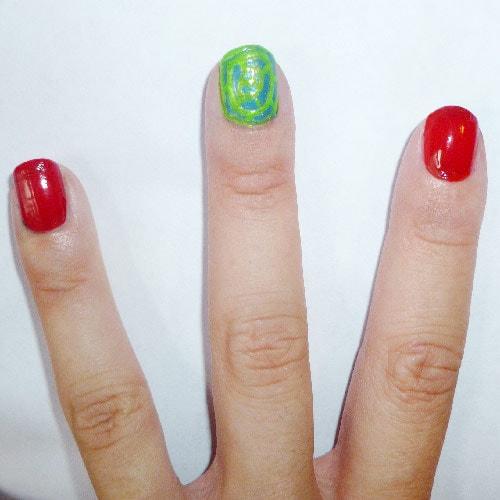 Yayoi Kusama nail art: Red nails