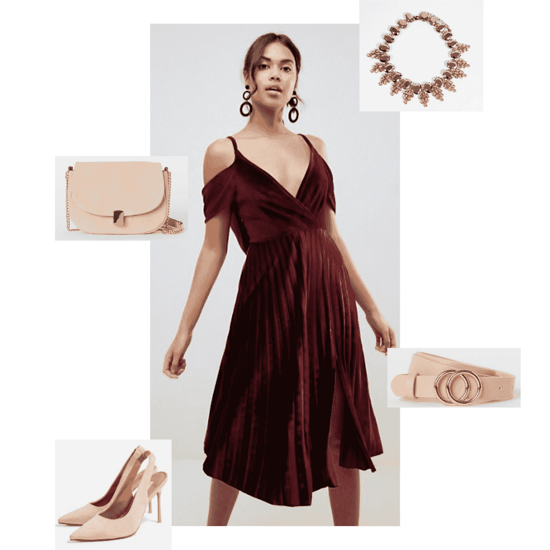 Cersei Lannister outfit with burgundy dress, gold accessories