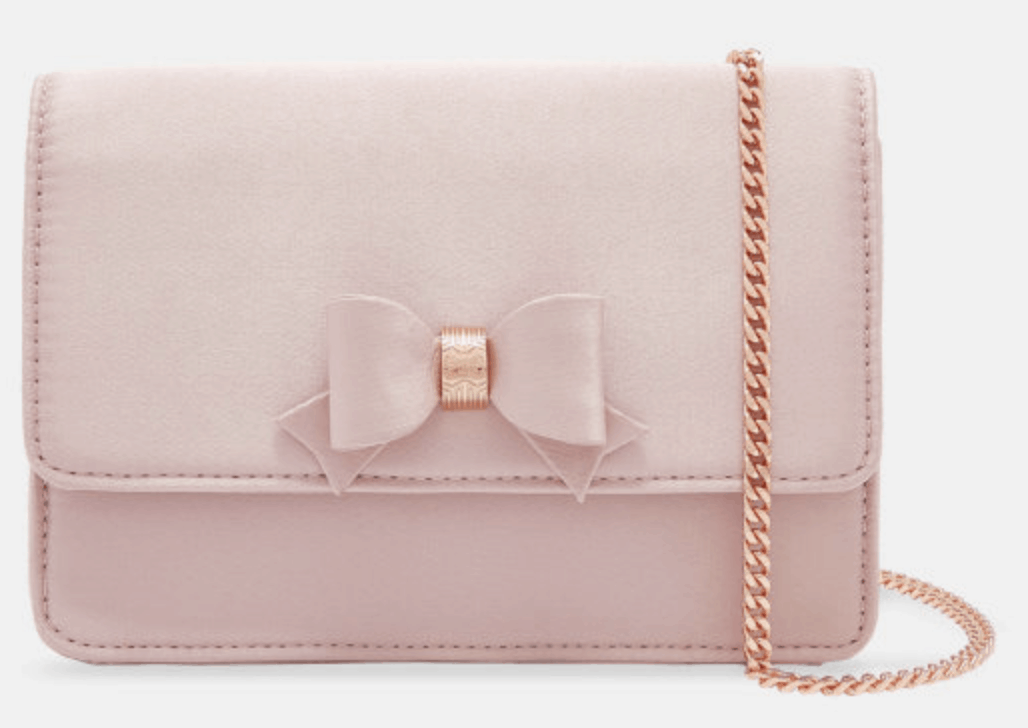 Pink bow handbag for spring