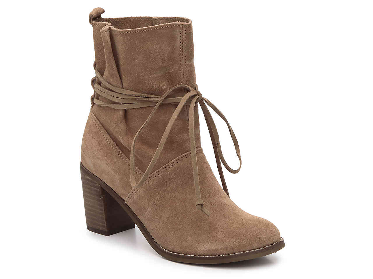 Boho shoes: Suede light brown bootie
