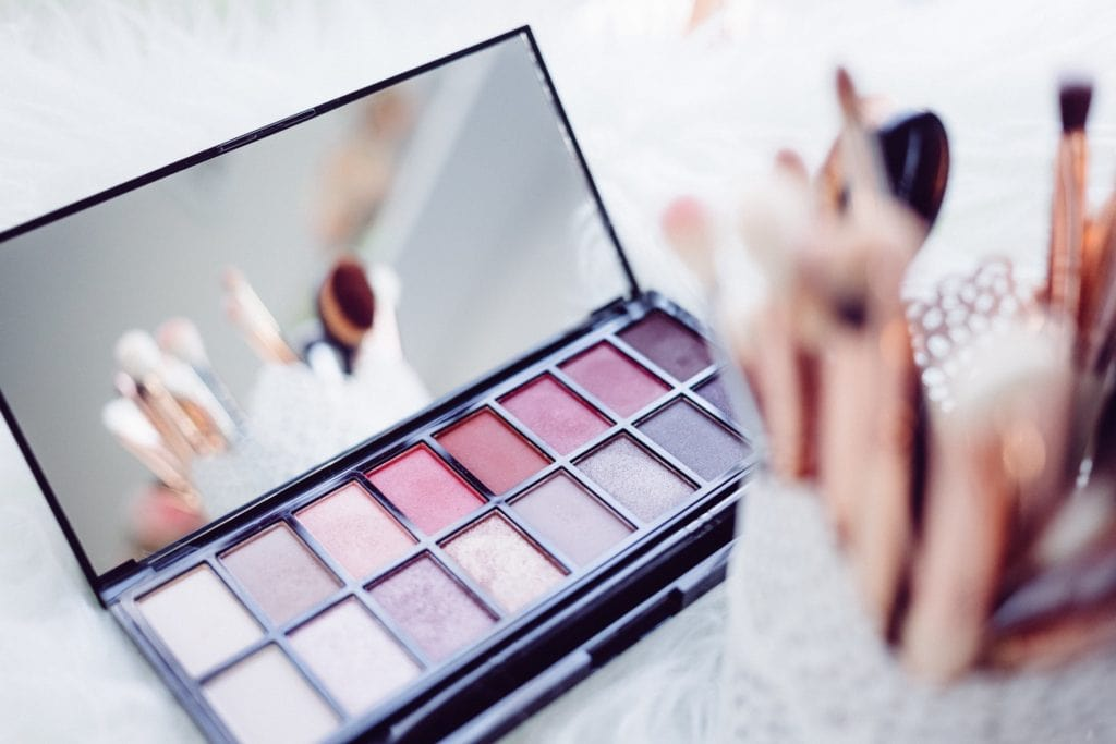 Pink toned makeup palette
