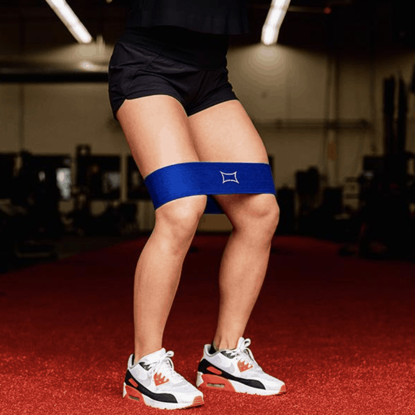 model wearing blue band around thighs