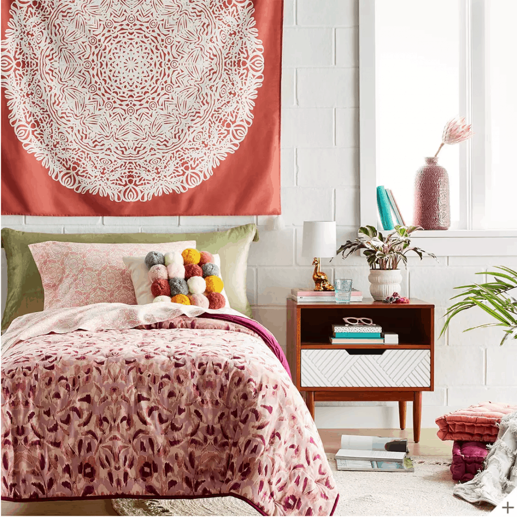 Where to buy dorm bedding - bedding set from Target