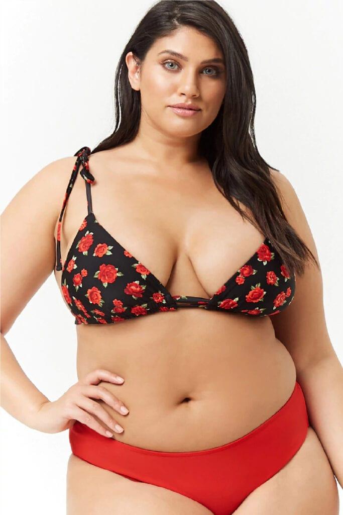 Bathing suit trends 2019 - Red, high-cut bikini bottoms