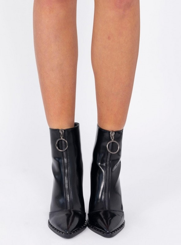 scorpio boot from princess polly, zip up and o-ring