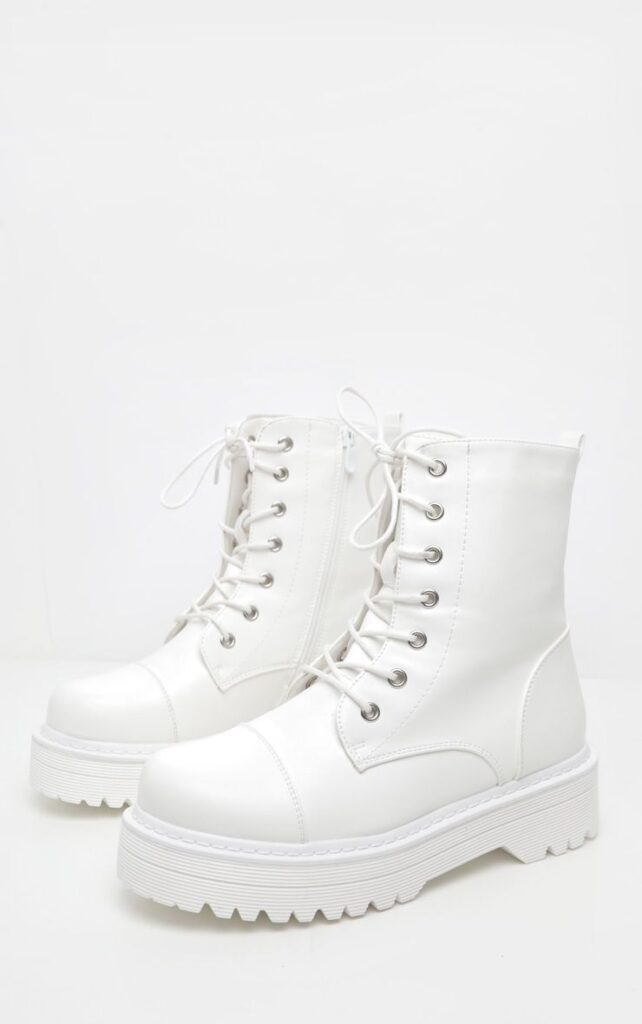 Fall shoe trends - White hiker boots, combat boots from Pretty Little Thing